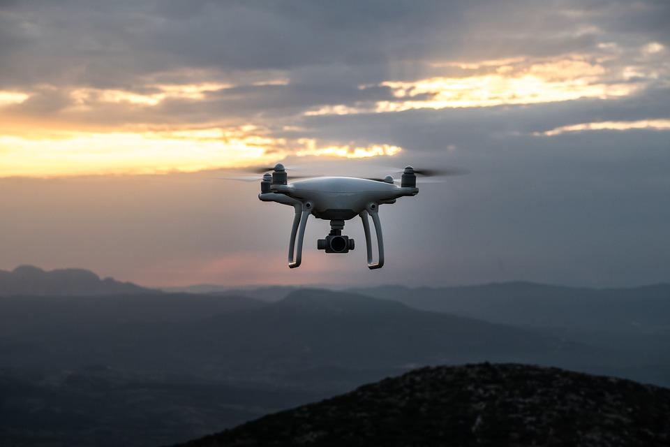 Risultati immagini per droni e intelligenza artificiale